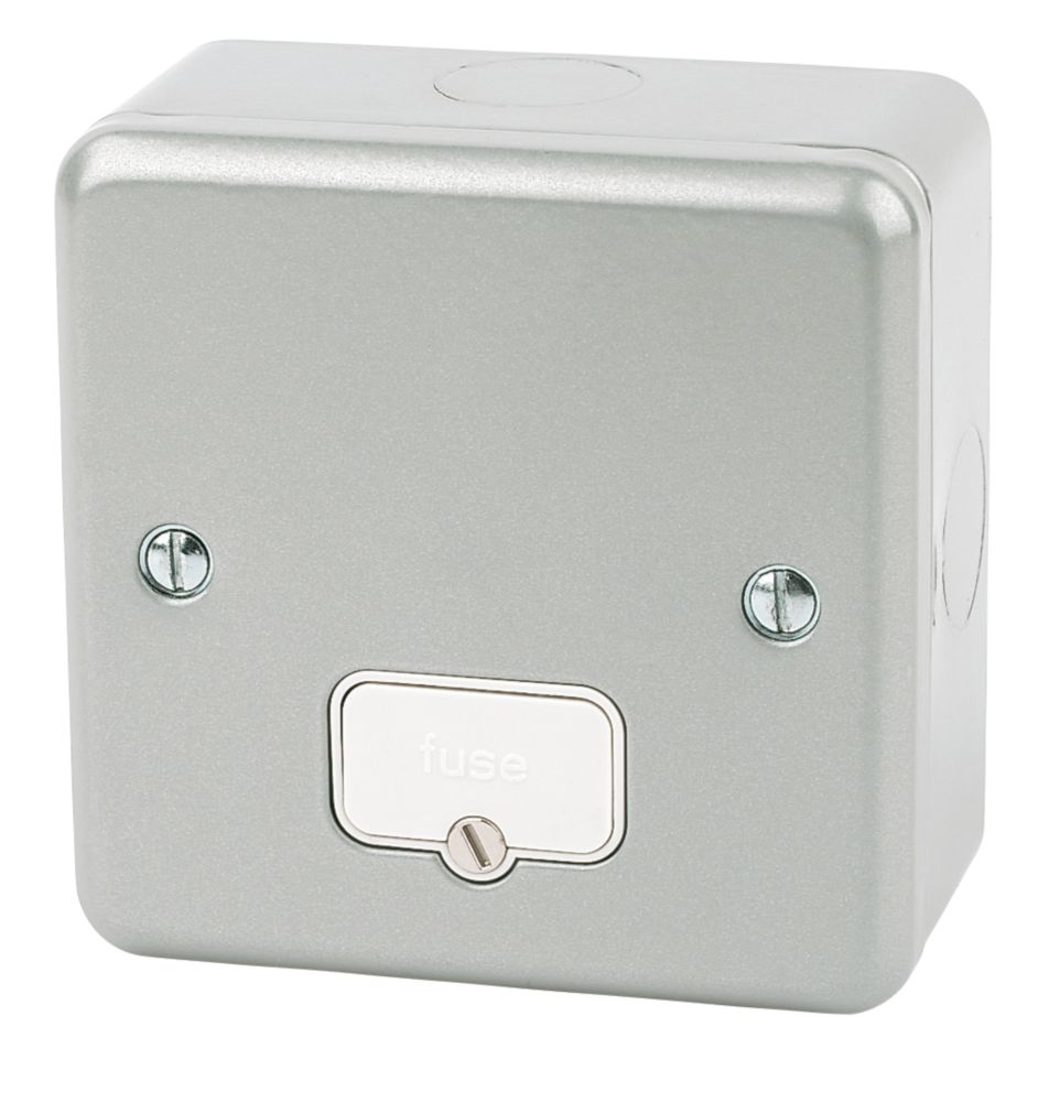 MK Metalclad Plus 13A Unswitched Metal Clad Fused Spur  with White Inserts