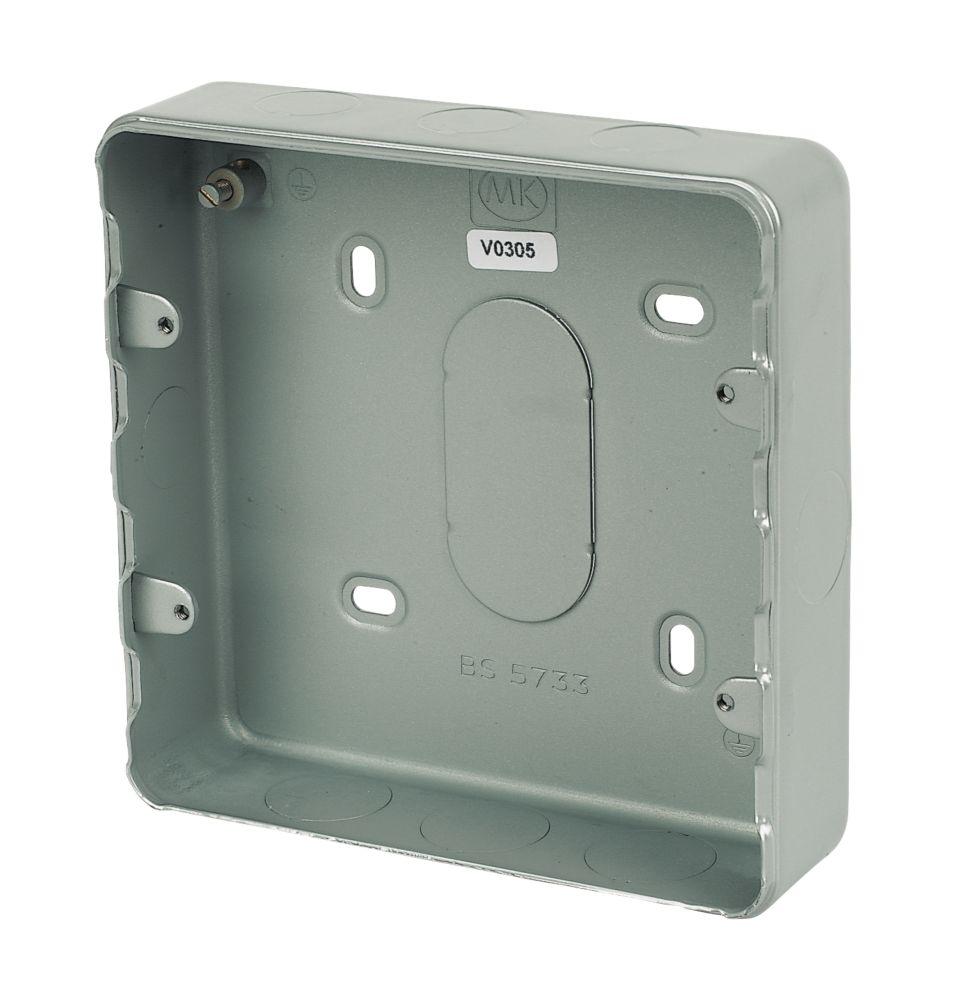 MK 6 & 8-Gang Metal-Clad Box