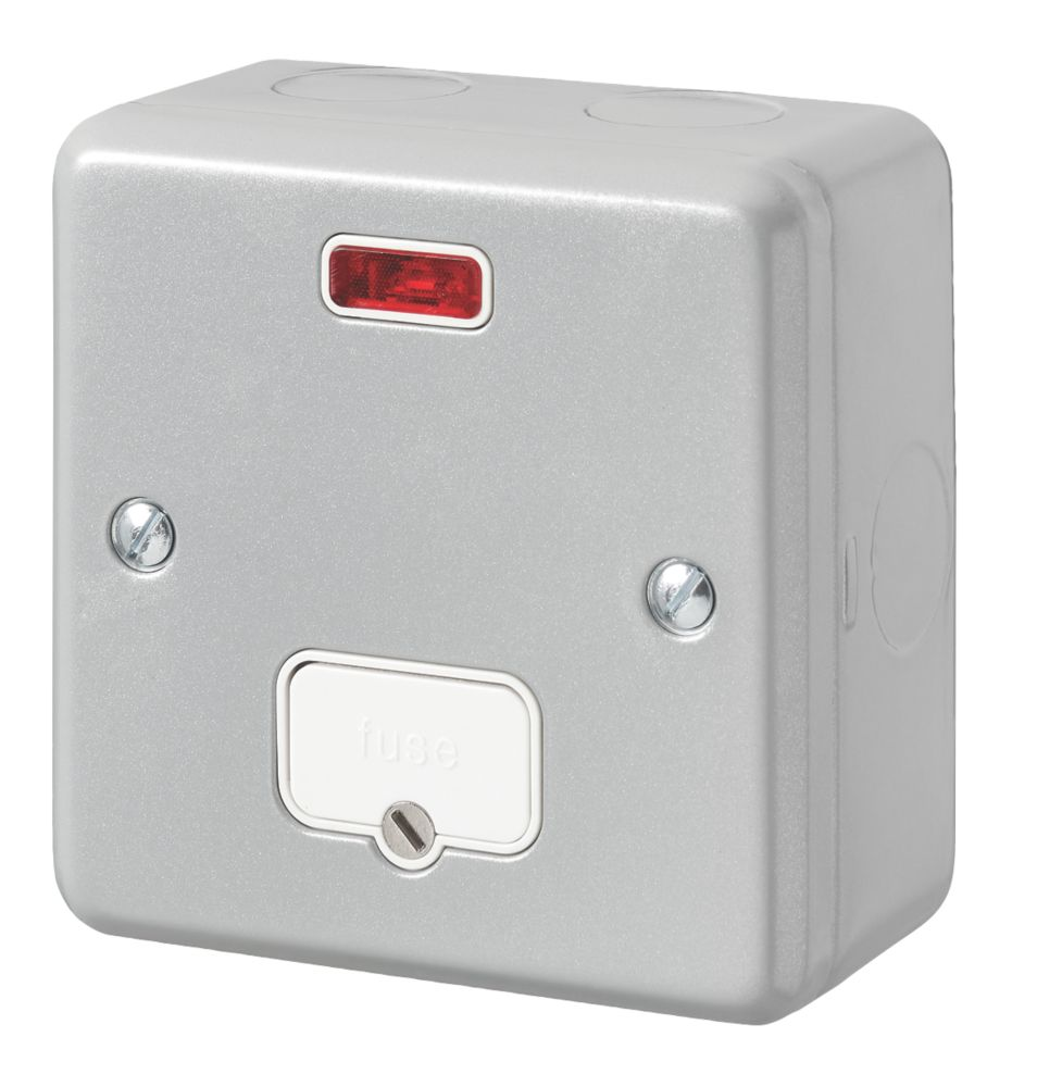 MK Metal-Clad Plus 13A Unswitched Metal Clad Fused Spur with Neon with White Inserts