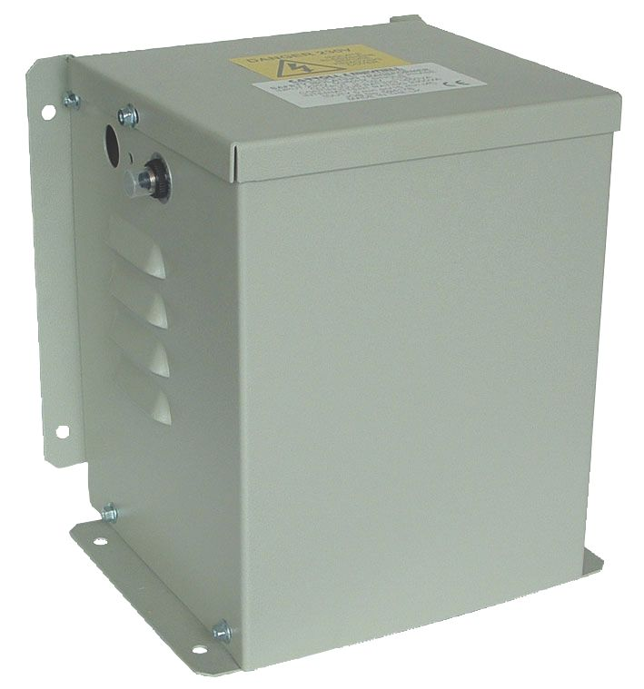 Carroll & Meynell  3300VA  Step-Down Isolation Transformer /110V