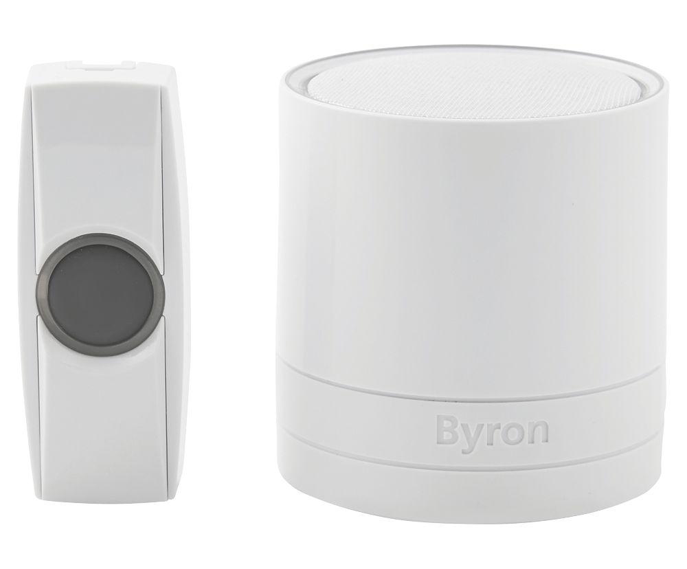 Byron  Plug-In Wireless Plug-In Door Chime White