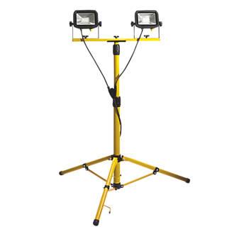 Luceco  Twin-Head Tripod Work Light 2 x 22W 110V