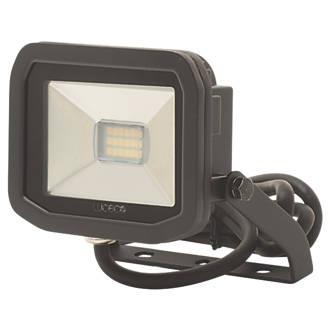 Luceco LFS61B50 LED Slim Floodlight 8W Black Cool White